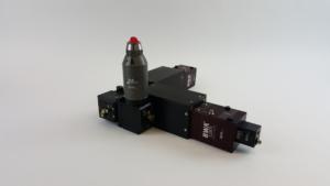 Figure 2. Dual camera based M2measurement system for a fiber laser